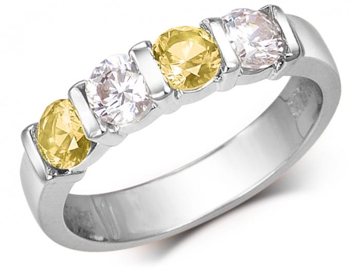 bague or jaune avec pierre sertie