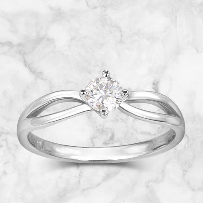 Catégorie solitaire à diamants